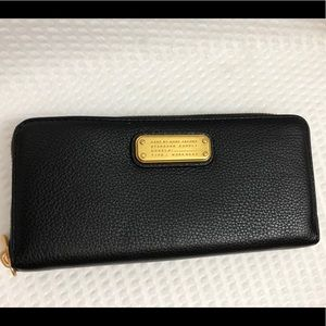 NWT Marc by Marc Jacobs  black leather wallet